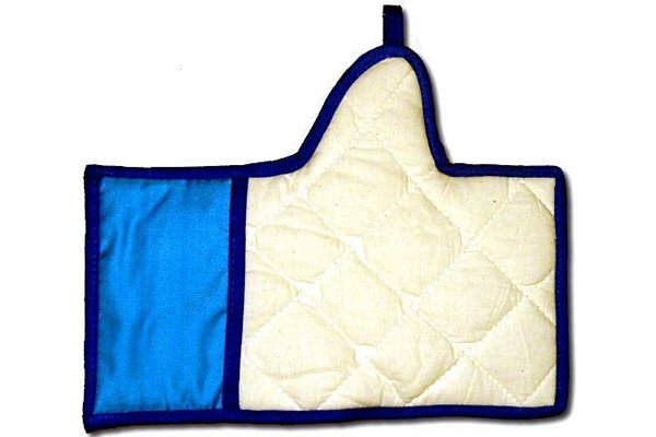 Facebook Like Oven Mitt.png